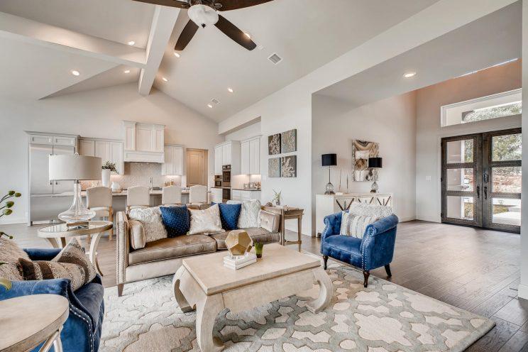 234 Majestic Bluff San Antonio-large-006-008-Living Room-1500x1000-72dpi