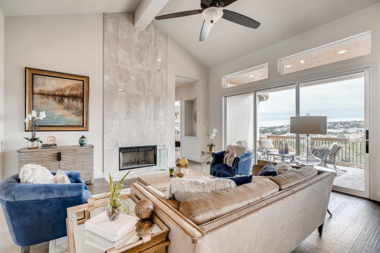 234 Majestic Bluff San Antonio-large-008-009-Living Room-1500x1000-72dpi