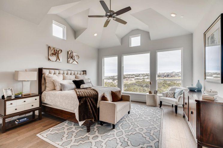 234 Majestic Bluff San Antonio-large-015-035-Master Bedroom-1500x1000-72dpi