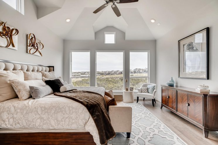234 Majestic Bluff San Antonio-large-017-014-Master Bedroom-1499x1000-72dpi