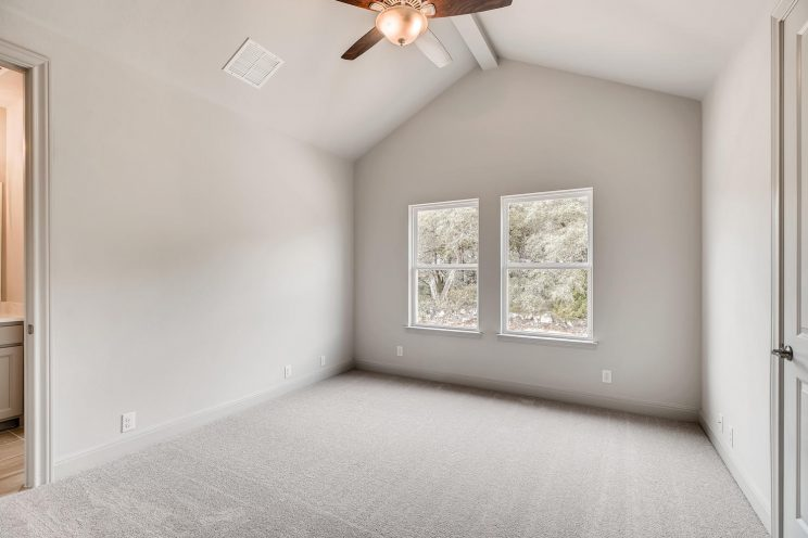 234 Majestic Bluff San Antonio-large-026-021-2nd Floor Bedroom-1499x1000-72dpi