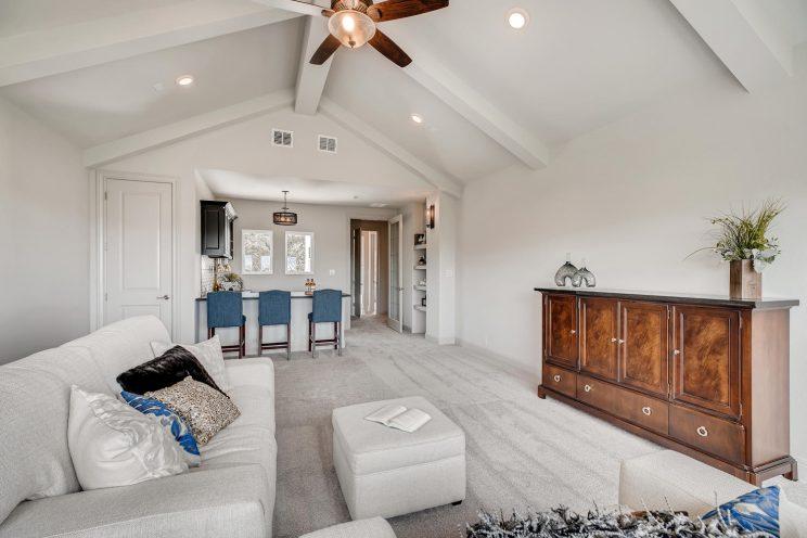 234 Majestic Bluff San Antonio-large-031-024-2nd Floor Family Room-1499x1000-72dpi