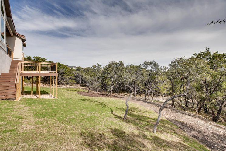 234 Majestic Bluff San Antonio-large-035-031-Back Yard-1500x1000-72dpi