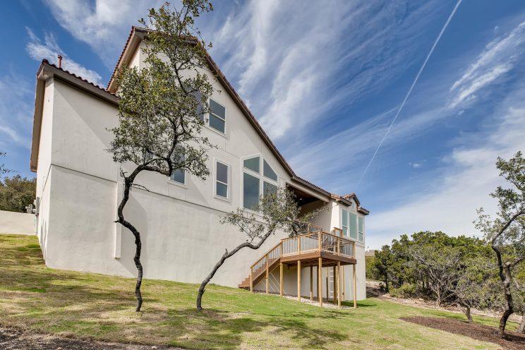 234 Majestic Bluff San Antonio-large-036-036-Back Yard-1499x1000-72dpi