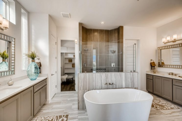 6310 Sevilla Way San Antonio-large-024-016-Master Bathroom-1500x1000-72dpi