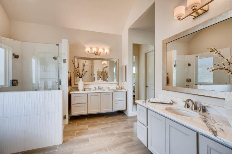 6323 Sevilla Circle San-large-021-036-Master Bathroom-1500x1000-72dpi