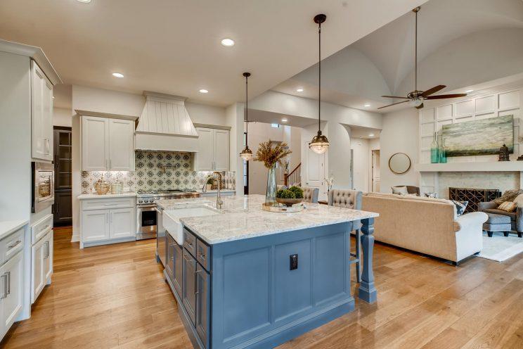 642 Winding Ravine San Antonio-large-010-040-Kitchen-1500x1000-72dpi