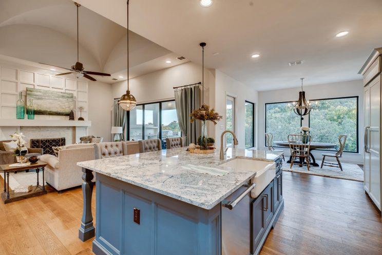 642 Winding Ravine San Antonio-large-013-043-Kitchen-1499x1000-72dpi