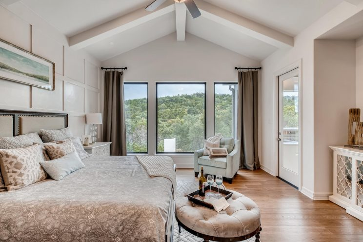 642 Winding Ravine San Antonio-large-021-013-Master Bedroom-1499x1000-72dpi