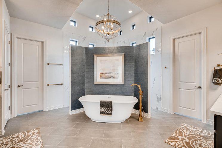 642 Winding Ravine San Antonio-large-022-028-Master Bathroom-1500x1000-72dpi