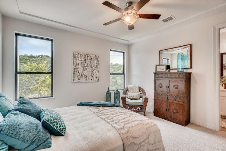 642 Winding Ravine San Antonio-large-025-017-Bedroom-1500x1000-72dpi