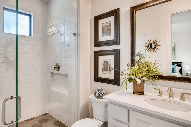 642 Winding Ravine San Antonio-large-026-018-Bathroom-1500x1000-72dpi