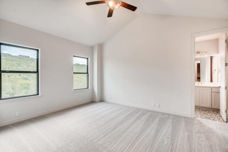 642 Winding Ravine San Antonio-large-027-030-2nd Floor Bedroom-1499x1000-72dpi