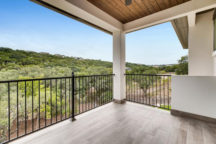 642 Winding Ravine San Antonio-large-031-046-Balcony-1499x1000-72dpi