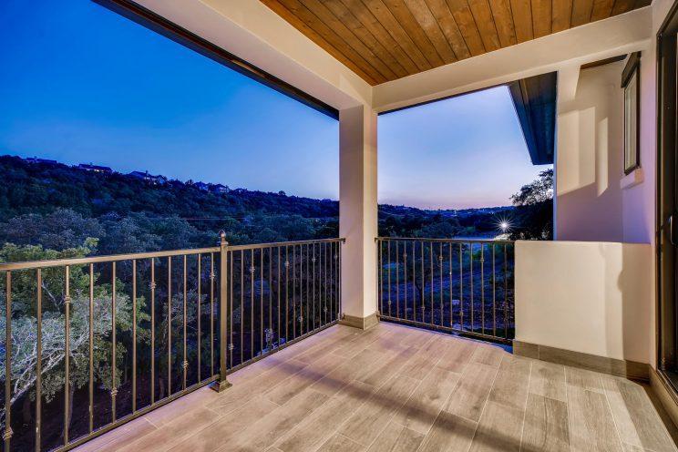 642 Winding Ravine San Antonio-large-031-053-Balcony-1499x1000-72dpi