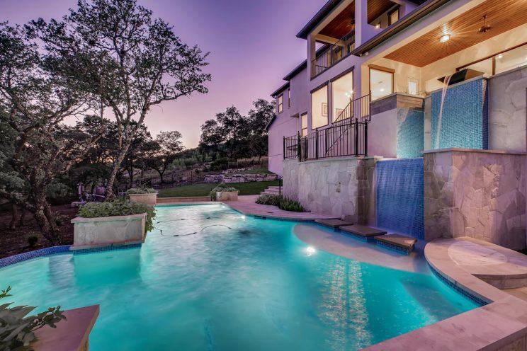 642 Winding Ravine San Antonio-large-036-047-Exterior Pool-1499x1000-72dpi