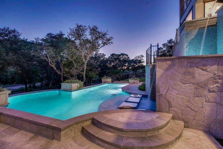 642 Winding Ravine San Antonio-large-037-054-Exterior Pool-1500x1000-72dpi