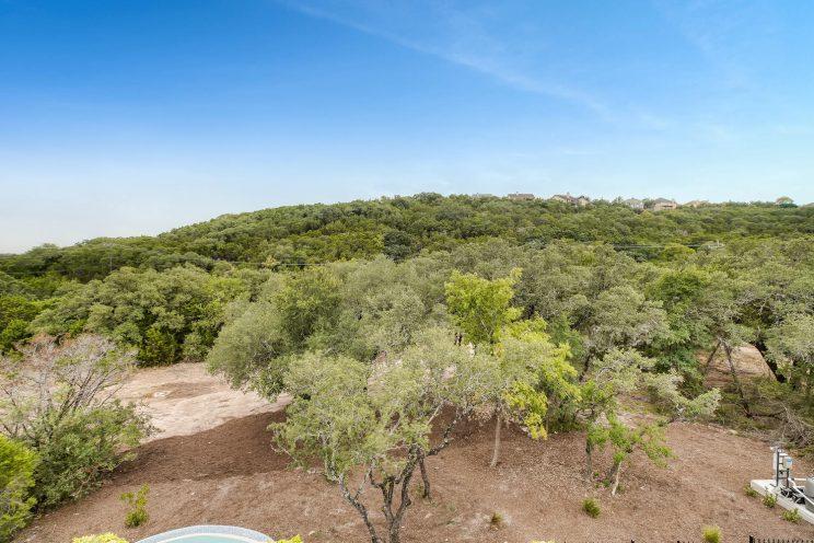 642 Winding Ravine San Antonio-large-038-051-Views-1500x999-72dpi