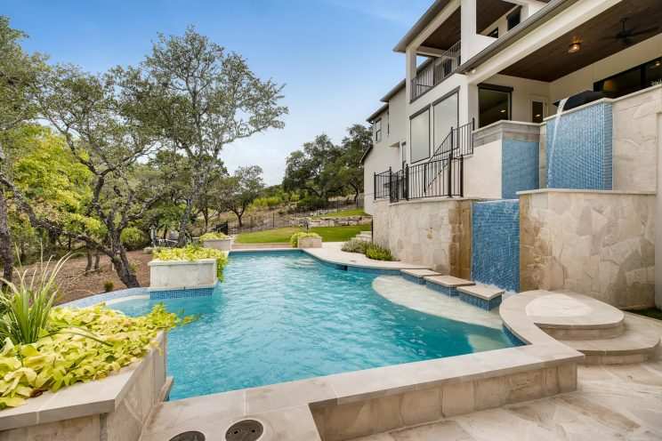 642 Winding Ravine San Antonio-large-039-050-Exterior Pool-1499x1000-72dpi