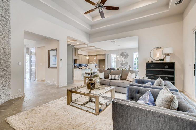 7118 Bluff Run San Antonio TX-large-007-013-Living Room-1499x1000-72dpi