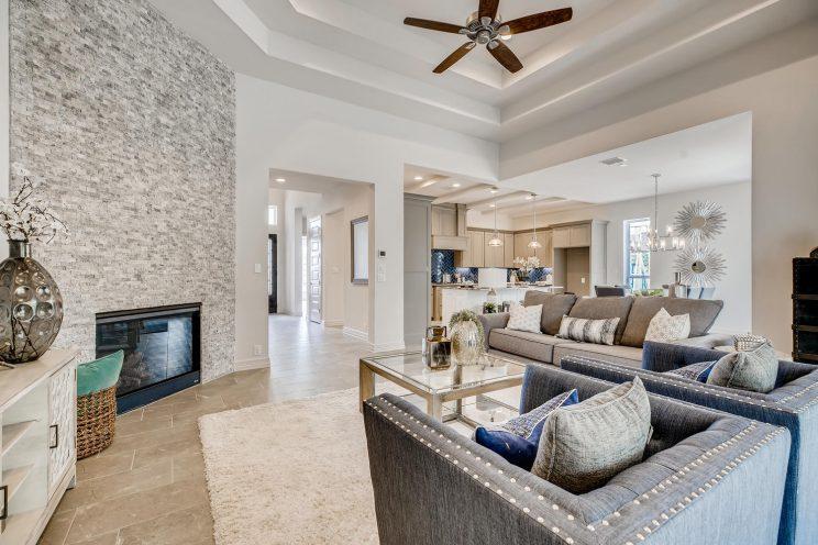 7118 Bluff Run San Antonio TX-large-008-010-Living Room-1499x1000-72dpi