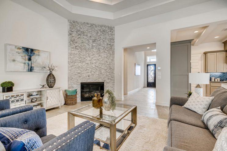 7118 Bluff Run San Antonio TX-large-009-003-Living Room-1499x1000-72dpi