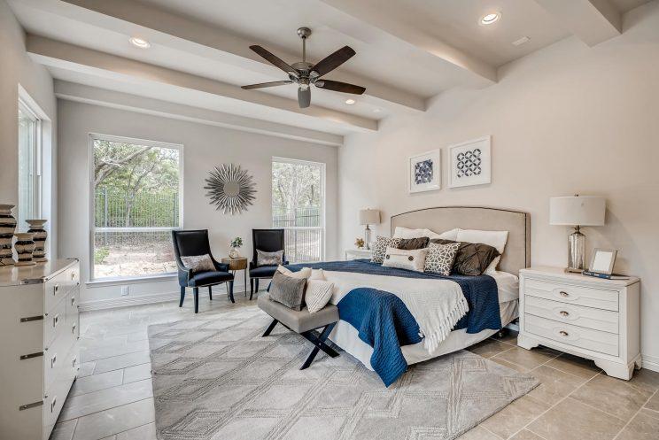 7118 Bluff Run San Antonio TX-large-018-011-Master Bedroom-1499x1000-72dpi