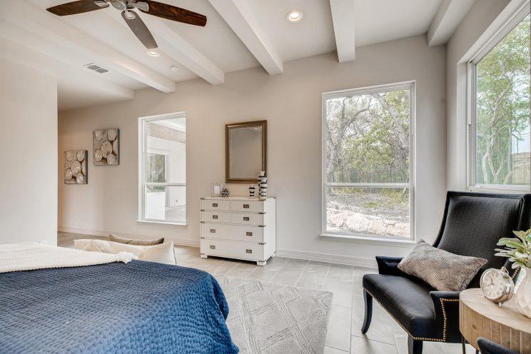 7118 Bluff Run San Antonio TX-large-021-019-Master Bedroom-1499x1000-72dpi