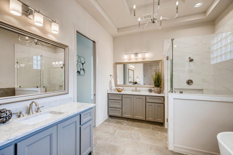 7118 Bluff Run San Antonio TX-large-022-009-Master Bathroom-1499x1000-72dpi