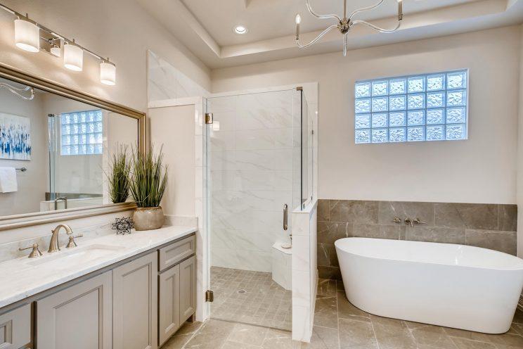 7118 Bluff Run San Antonio TX-large-023-020-Master Bathroom-1499x1000-72dpi
