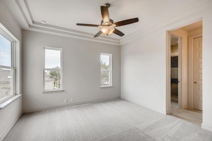 7118 Bluff Run San Antonio TX-large-025-027-2nd Floor Bedroom-1499x1000-72dpi