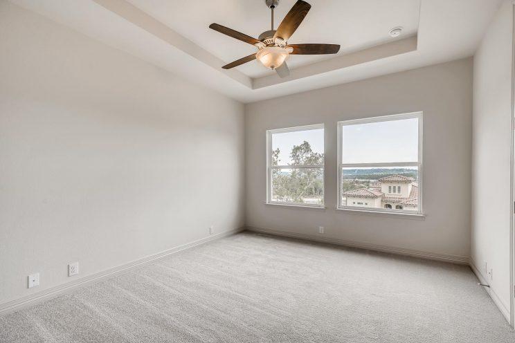 7118 Bluff Run San Antonio TX-large-027-021-2nd Floor Bedroom-1500x1000-72dpi