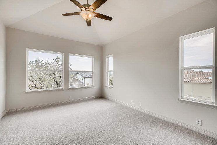 7118 Bluff Run San Antonio TX-large-028-030-2nd Floor Family Room-1499x1000-72dpi