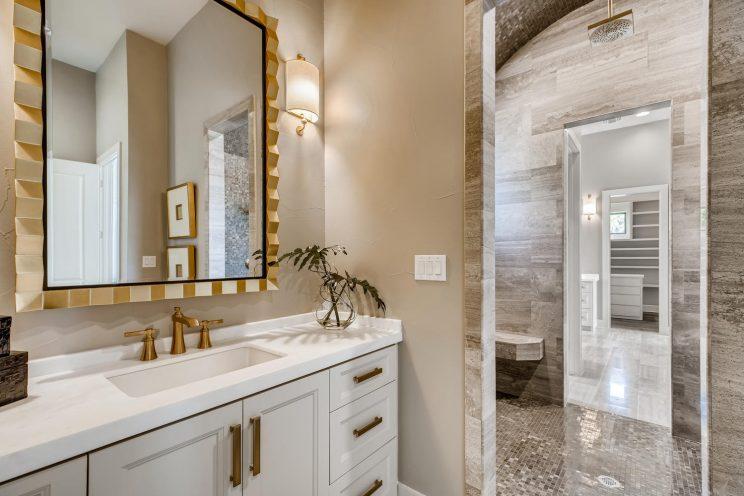 9710 Midsomer Place San-large-020-023-Master Bathroom-1499x1000-72dpi