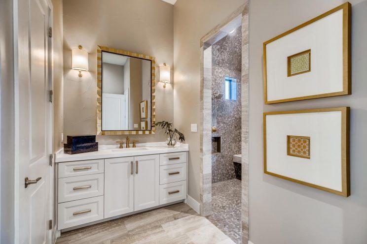 9710 Midsomer Place San-large-026-024-Master Bathroom-1499x1000-72dpi