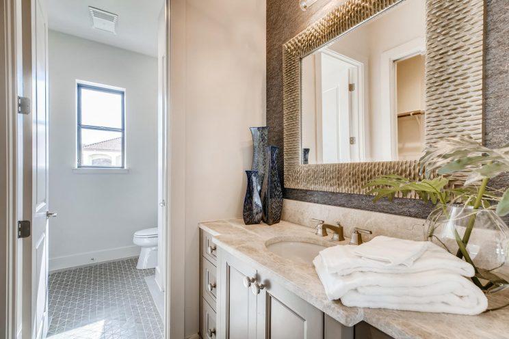 9710 Midsomer Place San-large-029-028-Bathroom-1499x1000-72dpi
