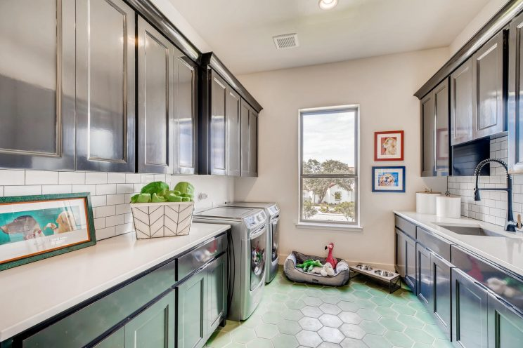 9710 Midsomer Place San-large-032-033-Laundry Room-1499x1000-72dpi