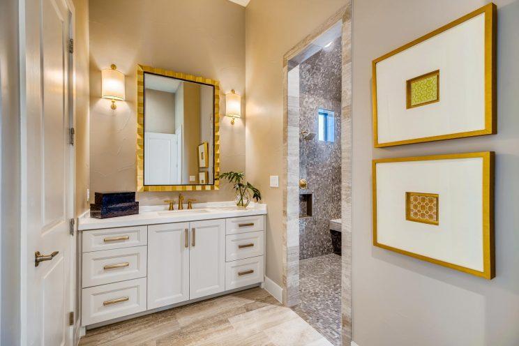 9710 Midsomer Place San-large-055-089-Master Bathroom edit-1499x1000-72dpi